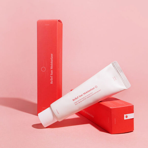 moisturizing chemical sunscreen by hyggee